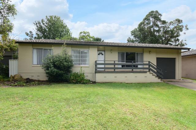 4 Maybern Close, NSW 2541