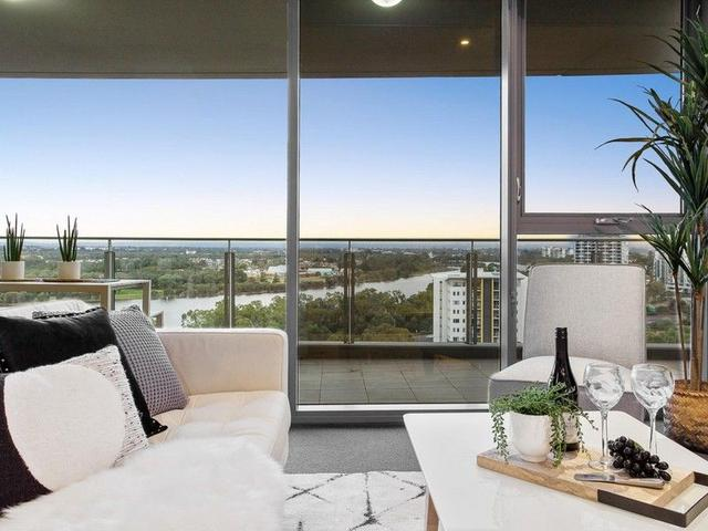 1307/96 Bow River Crescent, WA 6100