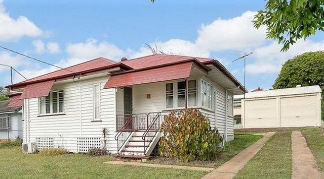 11 Barrett Street, QLD 4305