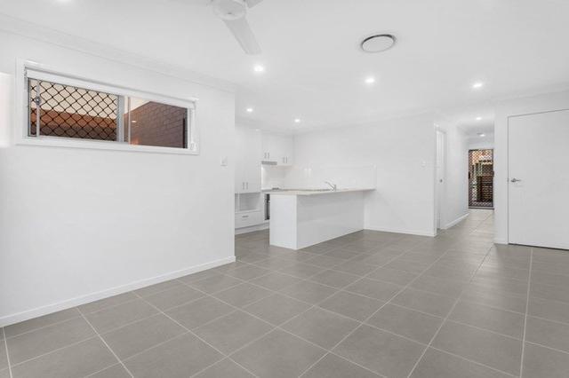 2/15 Waratah Way, QLD 4506