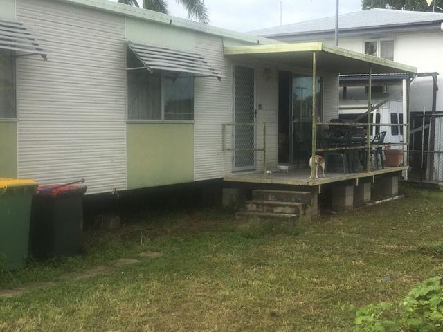13 Larkin St, QLD 4807