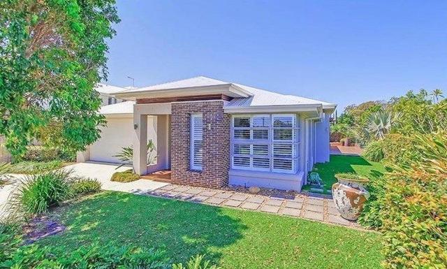 18 Clive Road, QLD 4159