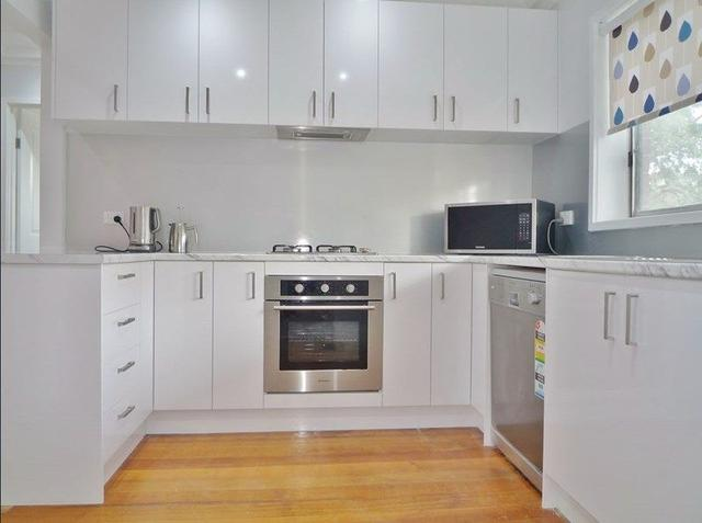 4/16-18 Arnold Court, VIC 3044