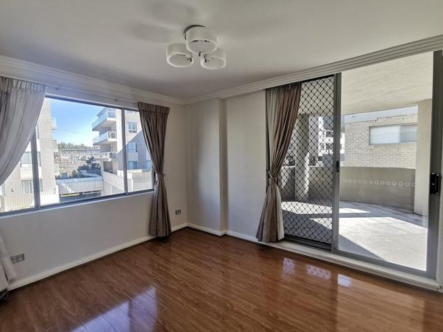 L 104/81-86 Courallie Ave, NSW 2140
