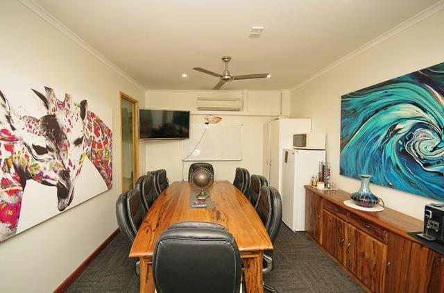 27 & 28/21-25 Lake Street, QLD 4870