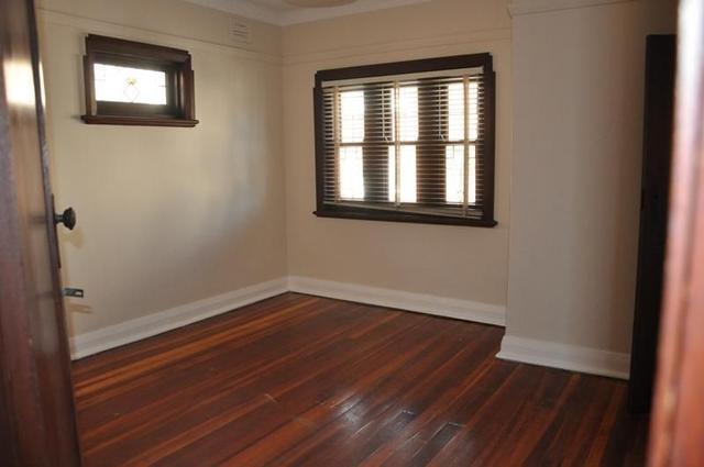 3/2A Sadlier Crescent, NSW 2049