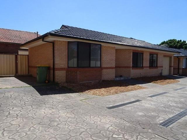 2/85 Hector Street, NSW 2162