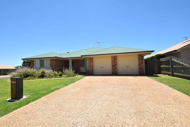 2 Deller Close, QLD 4350