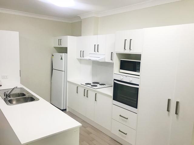 8/293-295 Mann Street, NSW 2250