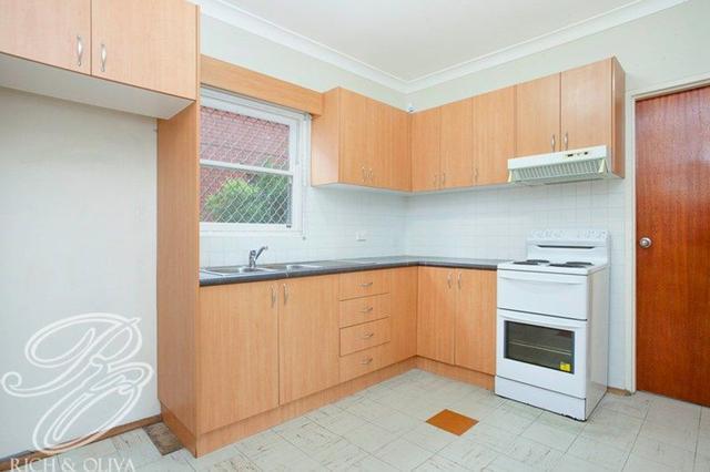 2/29 Hampton Street, NSW 2133