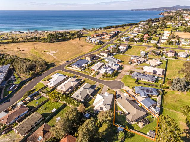 9 Dolphin Cres, NSW 2551