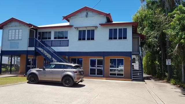 15 Peel Street, QLD 4740