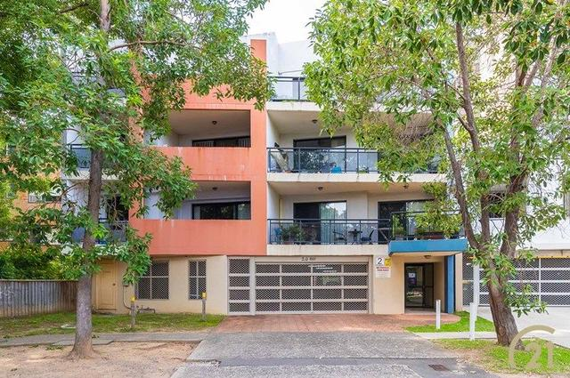 10/2 The Crescent, NSW 2165