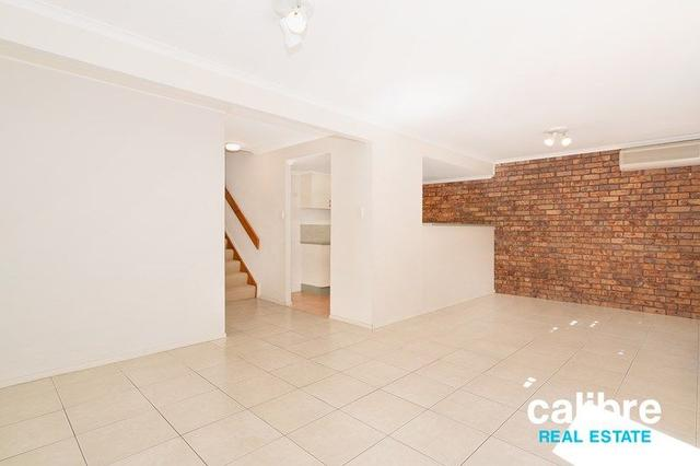 11/22 Jane Street, QLD 4054