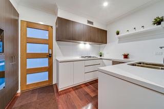 Entrance/ Kitchen
