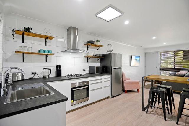 2, 4 and 8/5-7 Bowen Street, NSW 2540