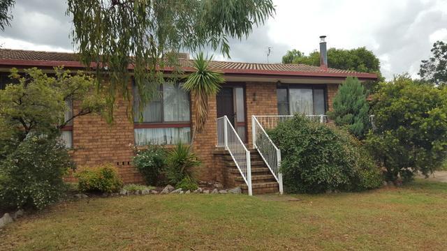 8 Queen Street, NSW 2340