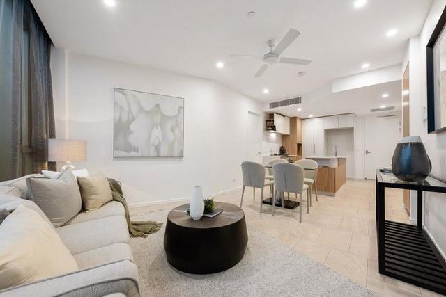 305/25 Shaftston Avenue, QLD 4169