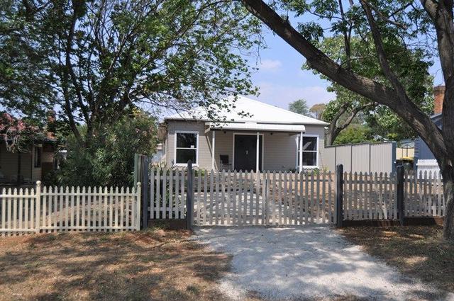 13 Lynne Street, NSW 2852