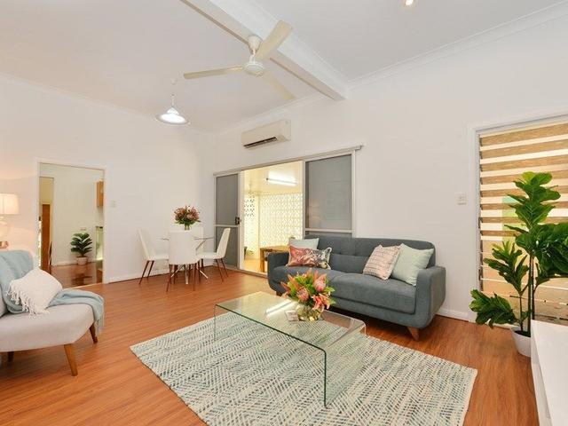 25 Dalrymple Street, QLD 4870