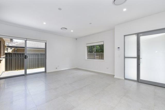 3 & 4/25 Memorial Avenue, NSW 2256