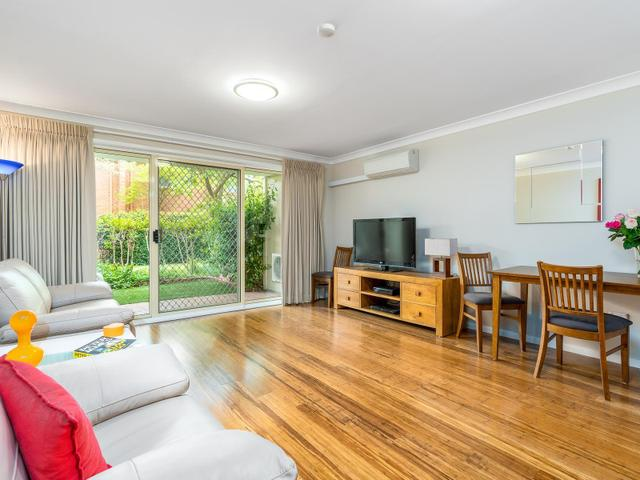 10/12 Albermarle Place, ACT 2606