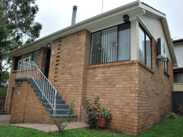 7 Micawber Street, NSW 2560