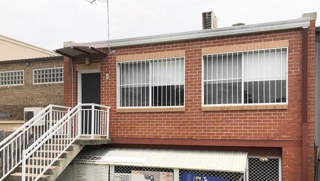 2/8 Moore Avenue, NSW 2070