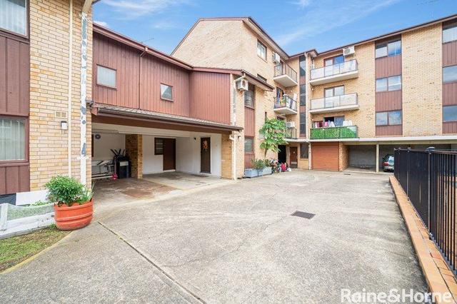 12/3-5 Gilbert Street, NSW 2166
