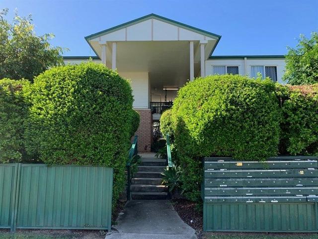 9 Lindsay St, QLD 4304