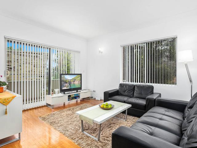1/55 Hampton Court Road, NSW 2218