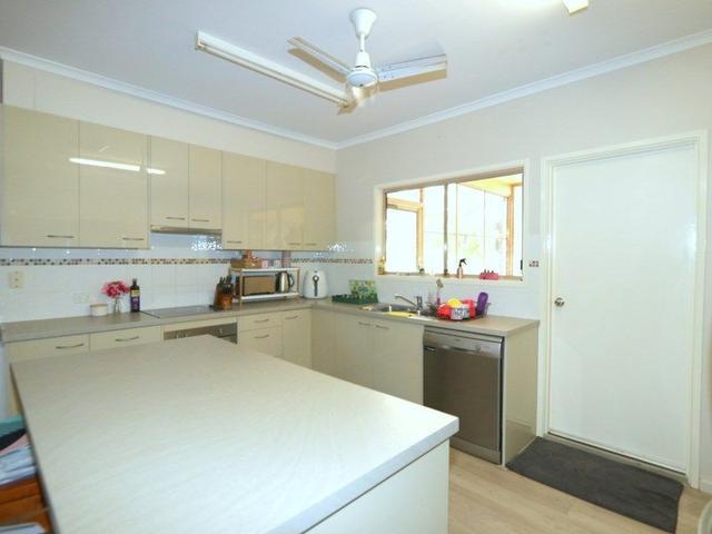5 Ward Place, QLD 4720