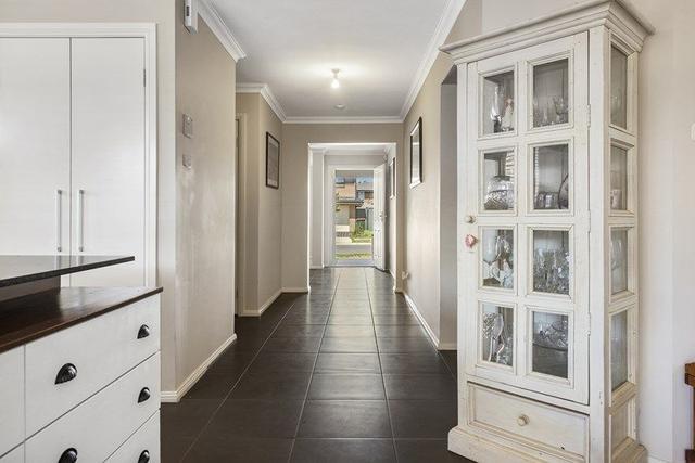 13 Kobe Street, NSW 2760