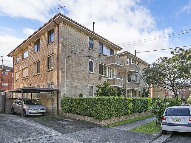 1/33 Brittain Crescent, NSW 2036