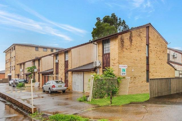 5/53 McBurney Road, NSW 2166