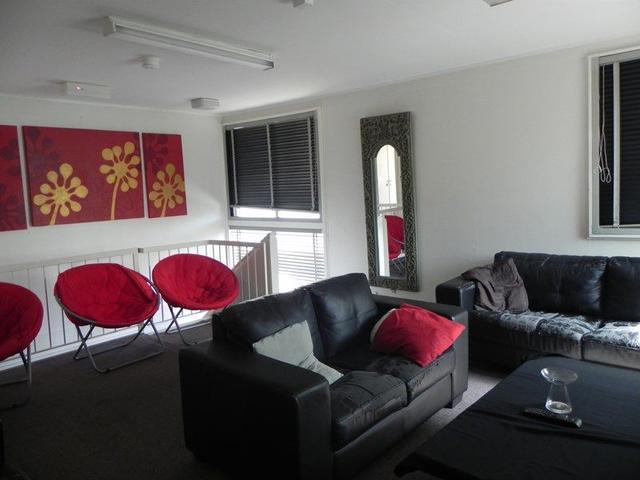 8/22 Victoria Street, QLD 4059