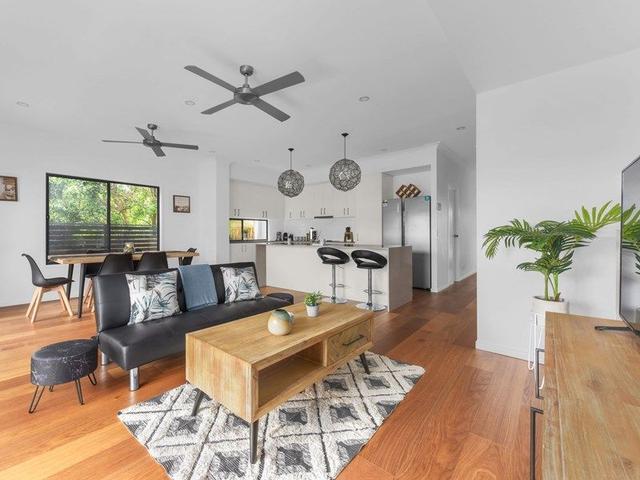 49 Headfort Street, QLD 4120