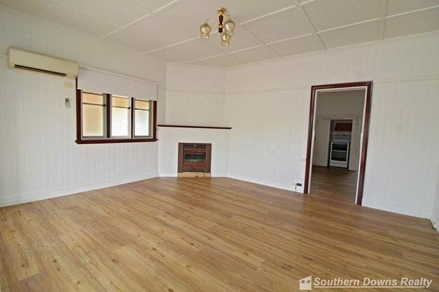 183 Wood St, QLD 4370