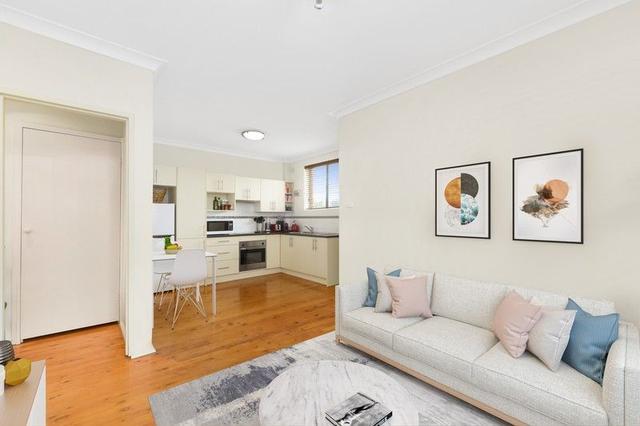 1/10 Dudley  Street, NSW 2500