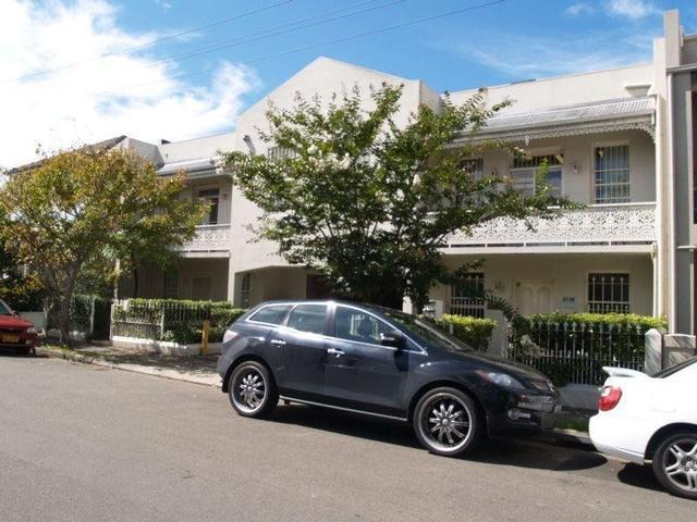 2/61 Renwick Street, NSW 2040