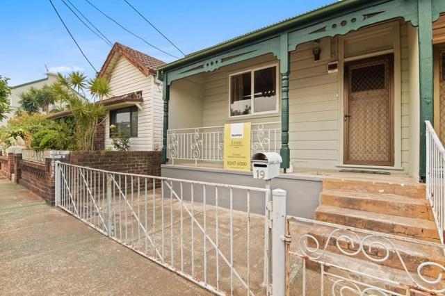 19 Middlemiss St, NSW 2020