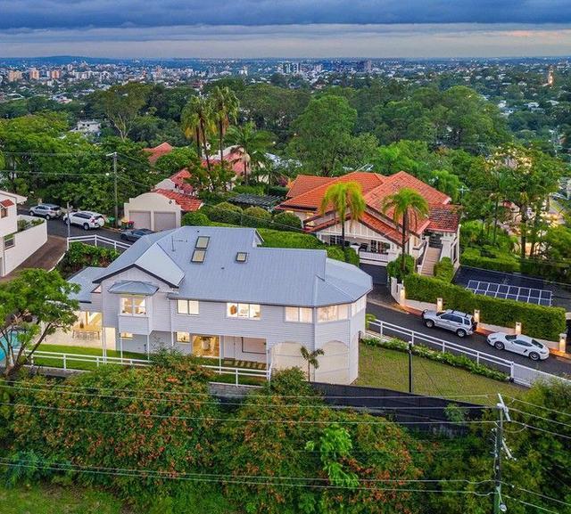 8 Garfield Drive, QLD 4064