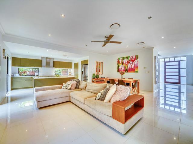 5 La Belle Court, QLD 4074