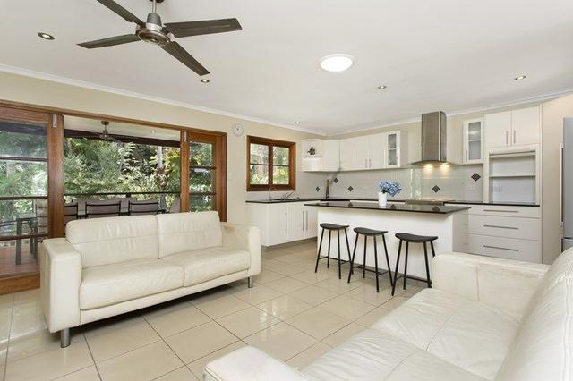 61 Dobbs Street, QLD 4121