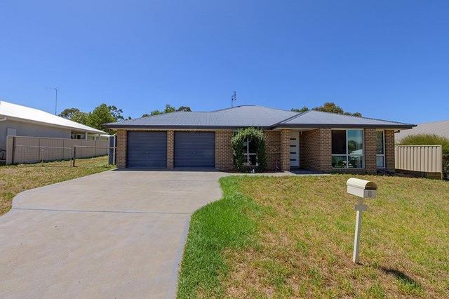 8 Roy Cross Place, NSW 2852