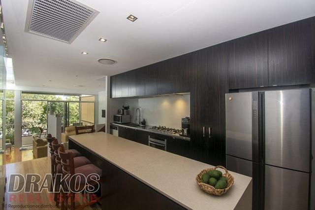 4/165 Dornoch Terrace, QLD 4101