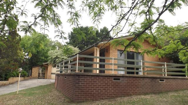 3 Moorong Place, NSW 2630