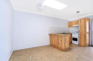 Kitchen - Dinning 4/14 Strathearn Ave Wollongong