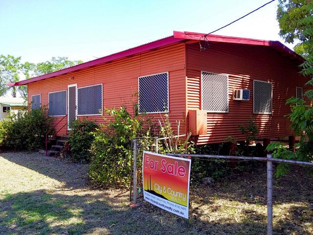 22 Balonne Street, QLD 4890
