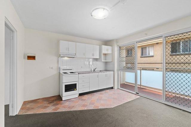 4/120 Bland Street, NSW 2131
